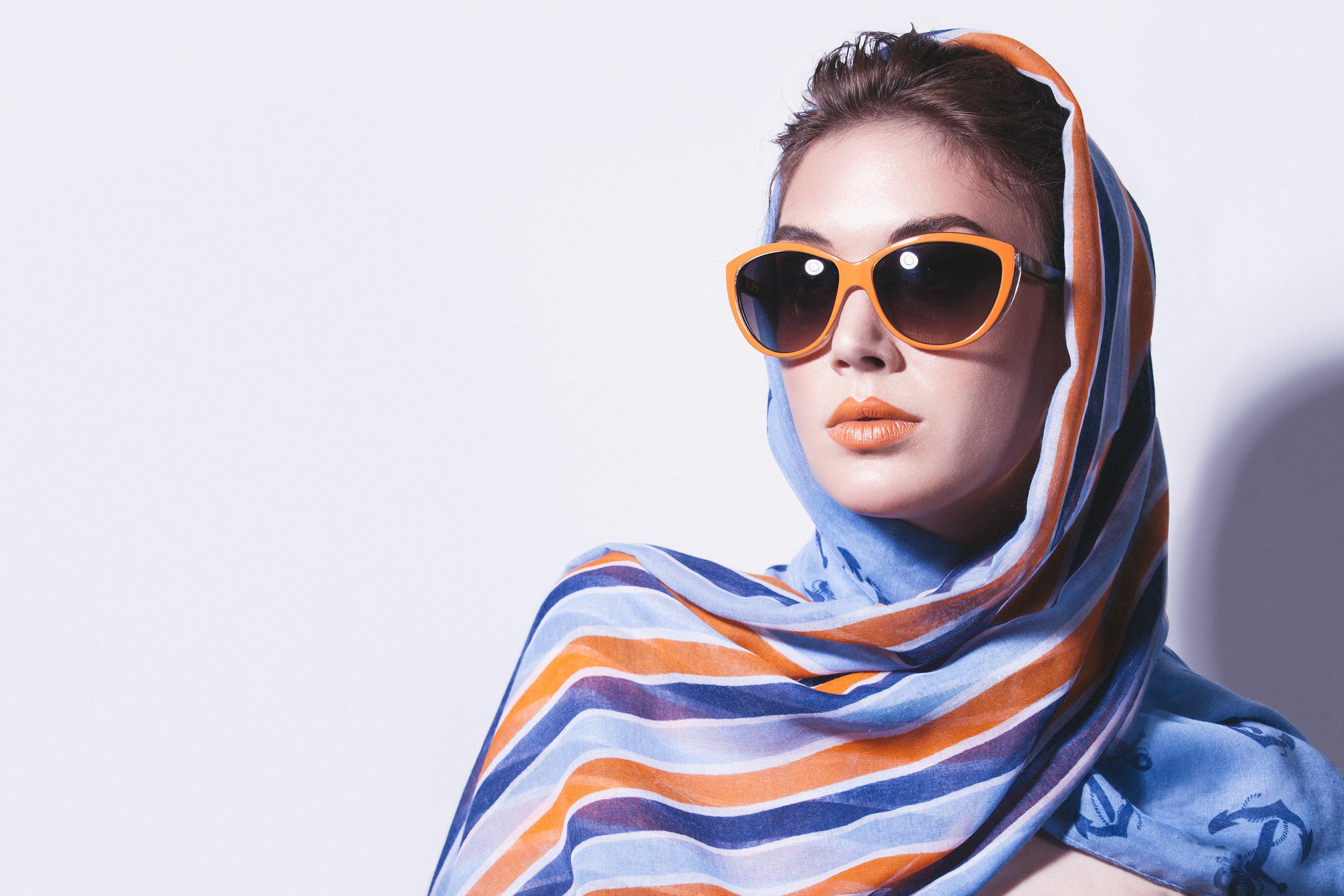 Model:  ToriTracy //Makeup & Hair:Casey Ritchie //  Lighting & Coaching :  Julia Kuzmenko | Visual Artist  //  Photo & Post:  EmilieTournevachePhotography