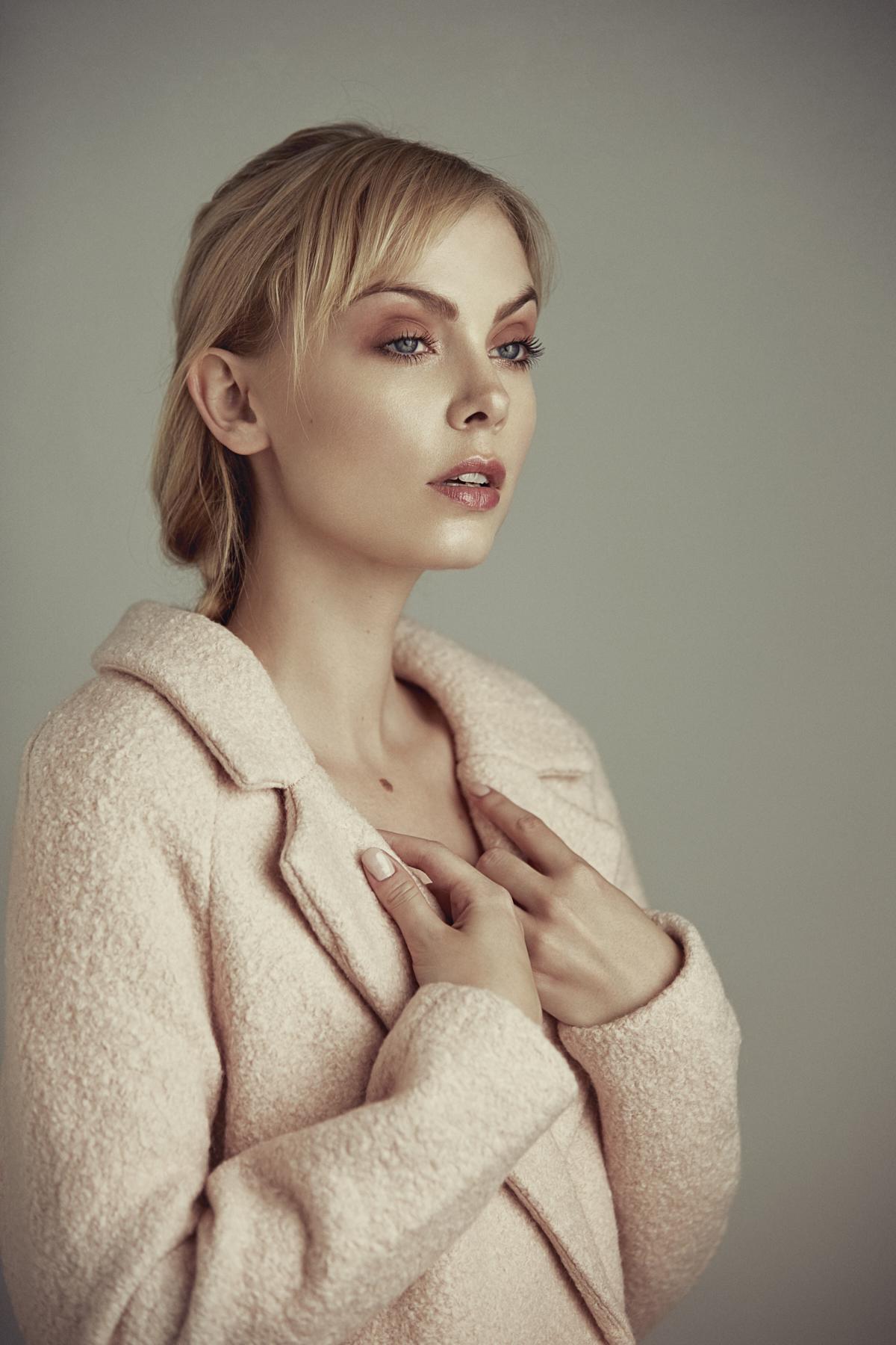Fashion Photographer Emilie Tournevache Snow Portrait