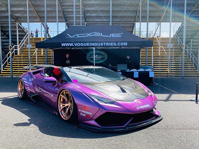 Jamboree 2019 staring off with a bang!  Come and enjoy the beautiful weather and witness some of the quickest racers in the world.  Come and see the team this weekend for some great deals.  @jamboree_official @pomponazzi_australia @libertywalkkato @libertywalkaustralia @oyabun_huracan #vogueindustries #jamboree2019 #lamborghini #brisbanelamborghini #pomp #teampomp #willowbank #qldraceway #jamboree #libertywalk #lbworks
