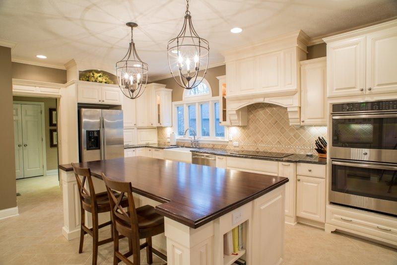 Pine Royal Kitchen Remodel