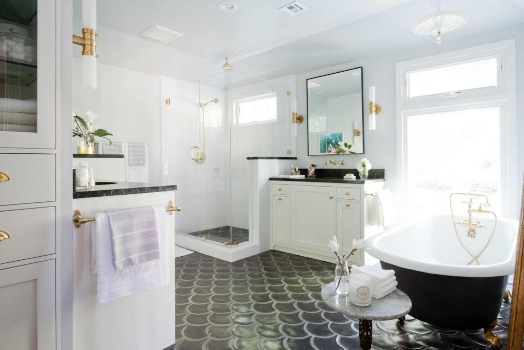 Bathroom-floor-with-fish-scale-tiles-1024x683.jpg