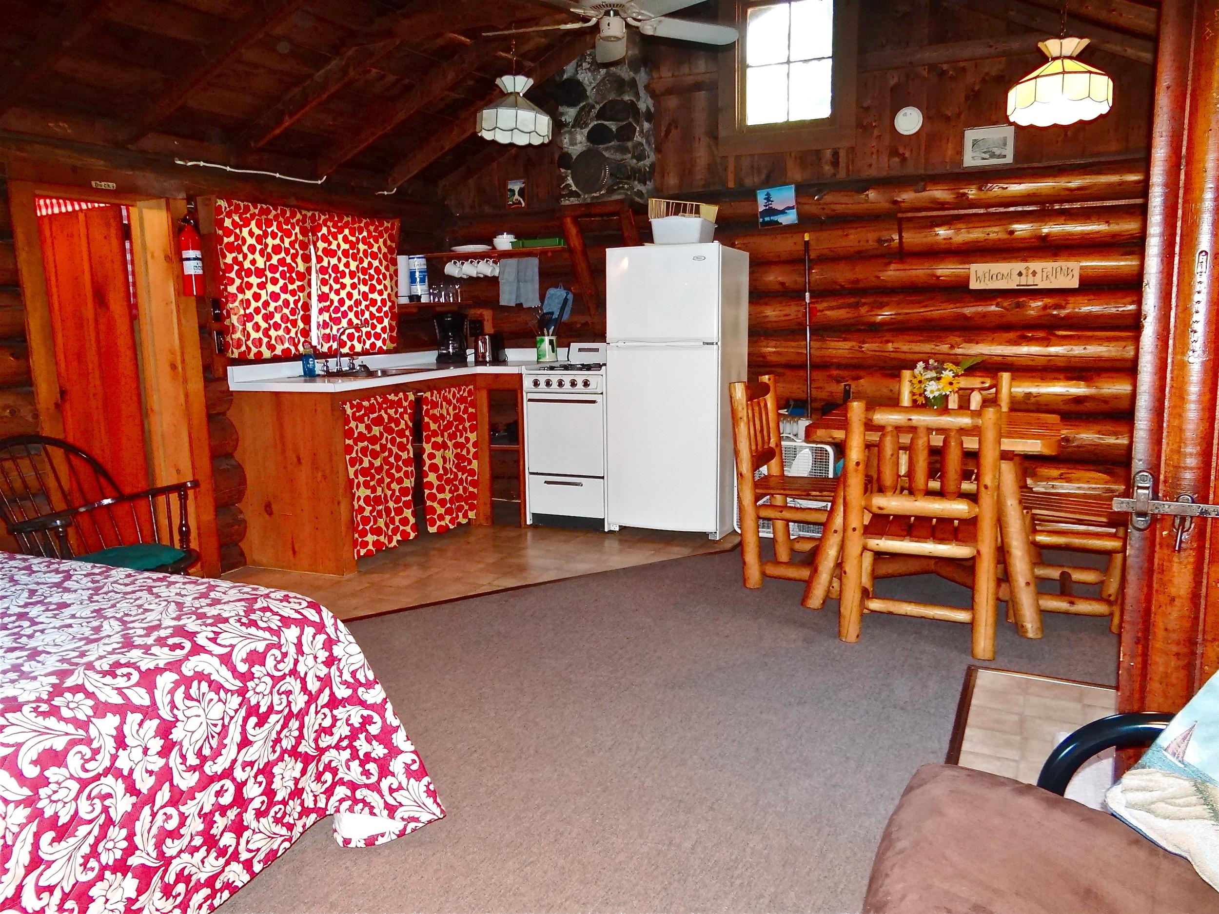 Cabin 2 f.JPG