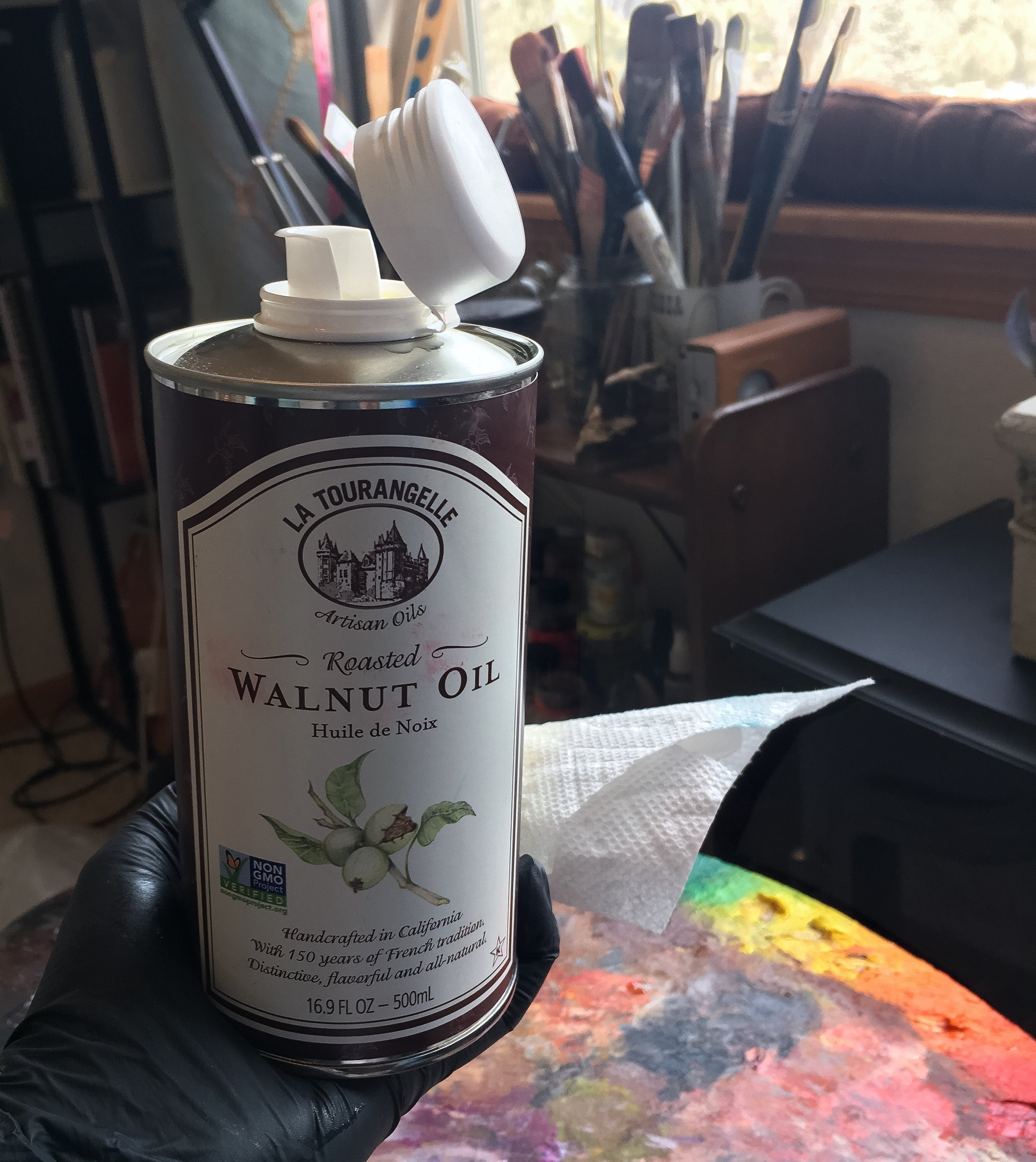 Walnut oil is a safer alternative to solvents