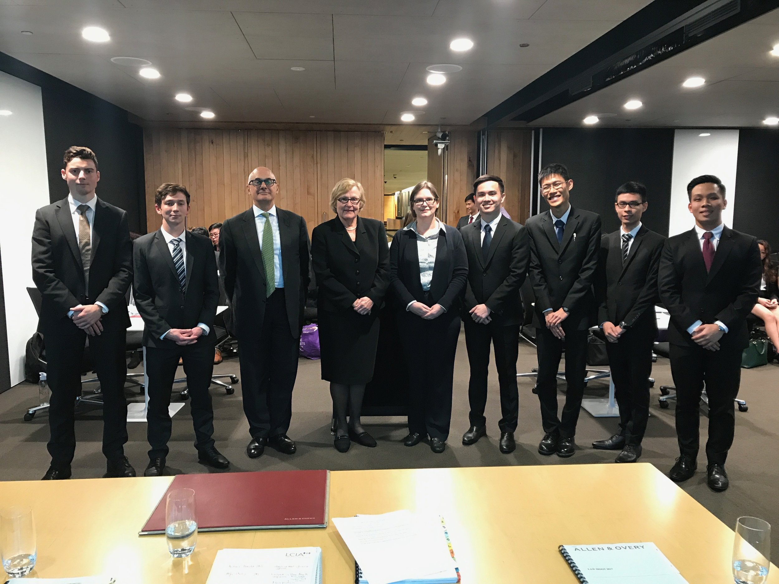 The grand finalists of the 2017 Allen & Overy Private Law Moot, from the National University of Singapore and the University of Otago, with The Honourable Patricia Bergin SC, International Judge of the Singapore International Commercial Court and formerly Chief Judge in Equity and Judge of Appeal of the Supreme Court of New South Wales; Professor Simone Degeling, UNSW Law; and John Samaha, Partner, Allen & Overy.