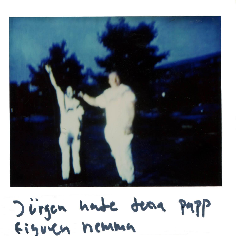 Jurgen had this papper figur at his home