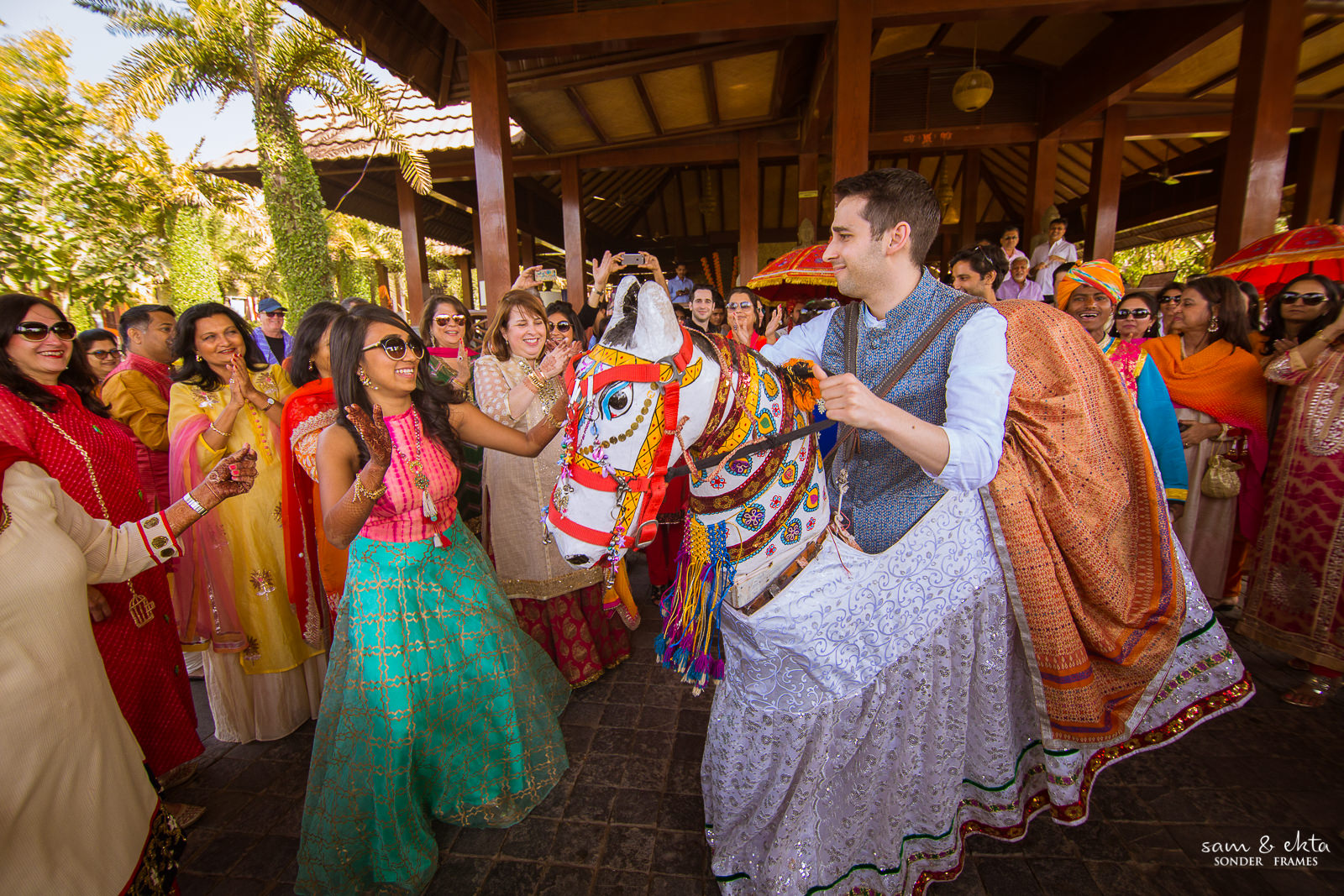 Aesha & Alon during the guests welcome at the Ananta Udaipur