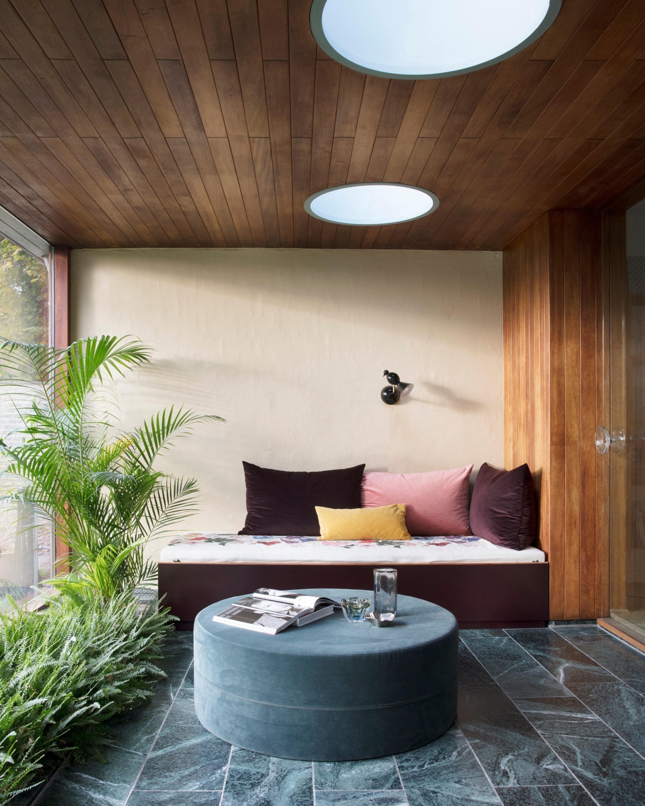 Alouette     wall light | 004OL-W01