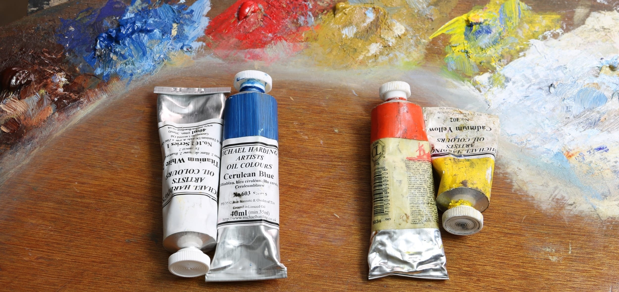 Titanium white & Cerulean blue vs Cadium red & Cadium yellow. (paint from Michael Harding)