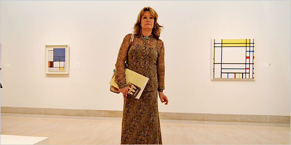 Sydney McGee, a teacher in Frisco, Texas., led fifth graders through European and contemporary galleries of the Dallas Museum of Art, 2006