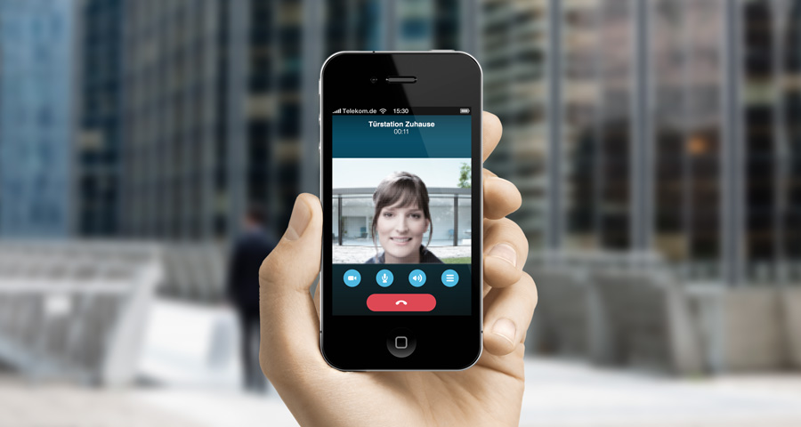 gira_mobile_tuerkommunikation_skype_900px_2_6749_1372160917.jpg