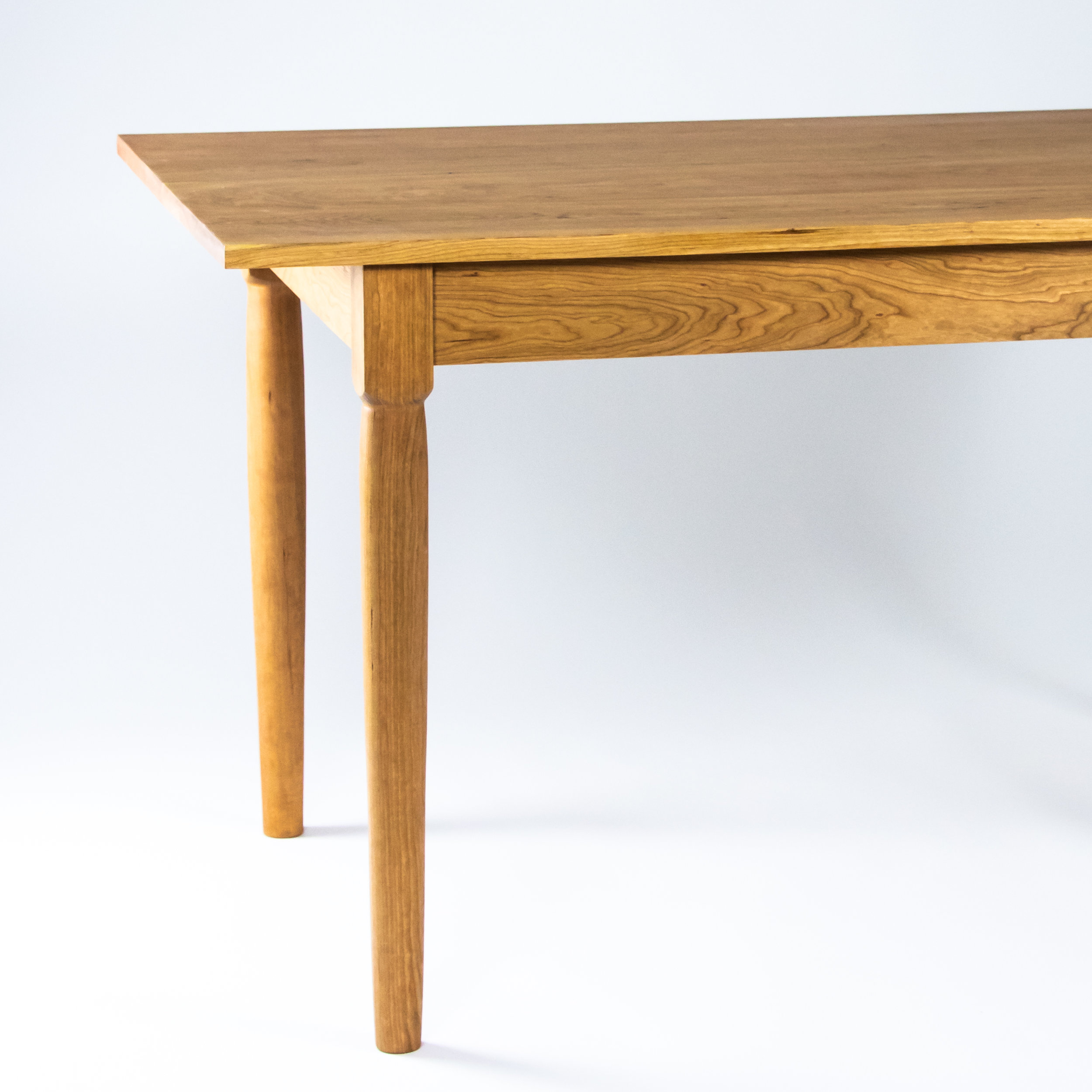Shaker Dining Table With Turned Legs Sustar Woodworks