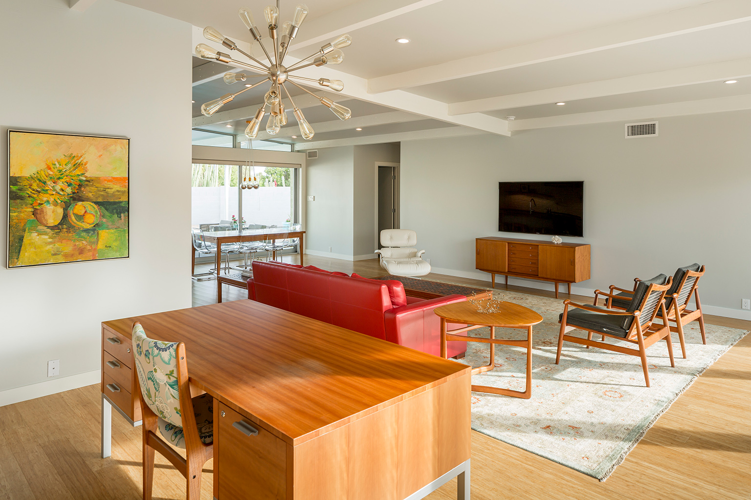 Schreiber home_livingroom.jpg