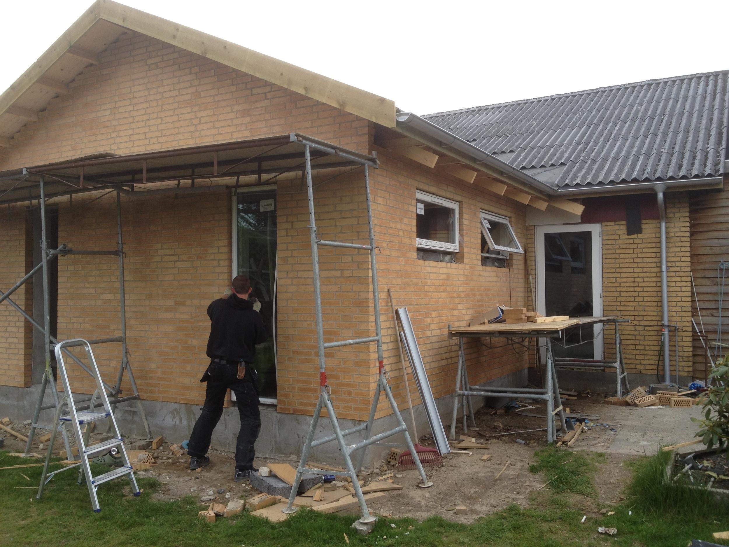 Nye vinduer i tilbygning. Aulum