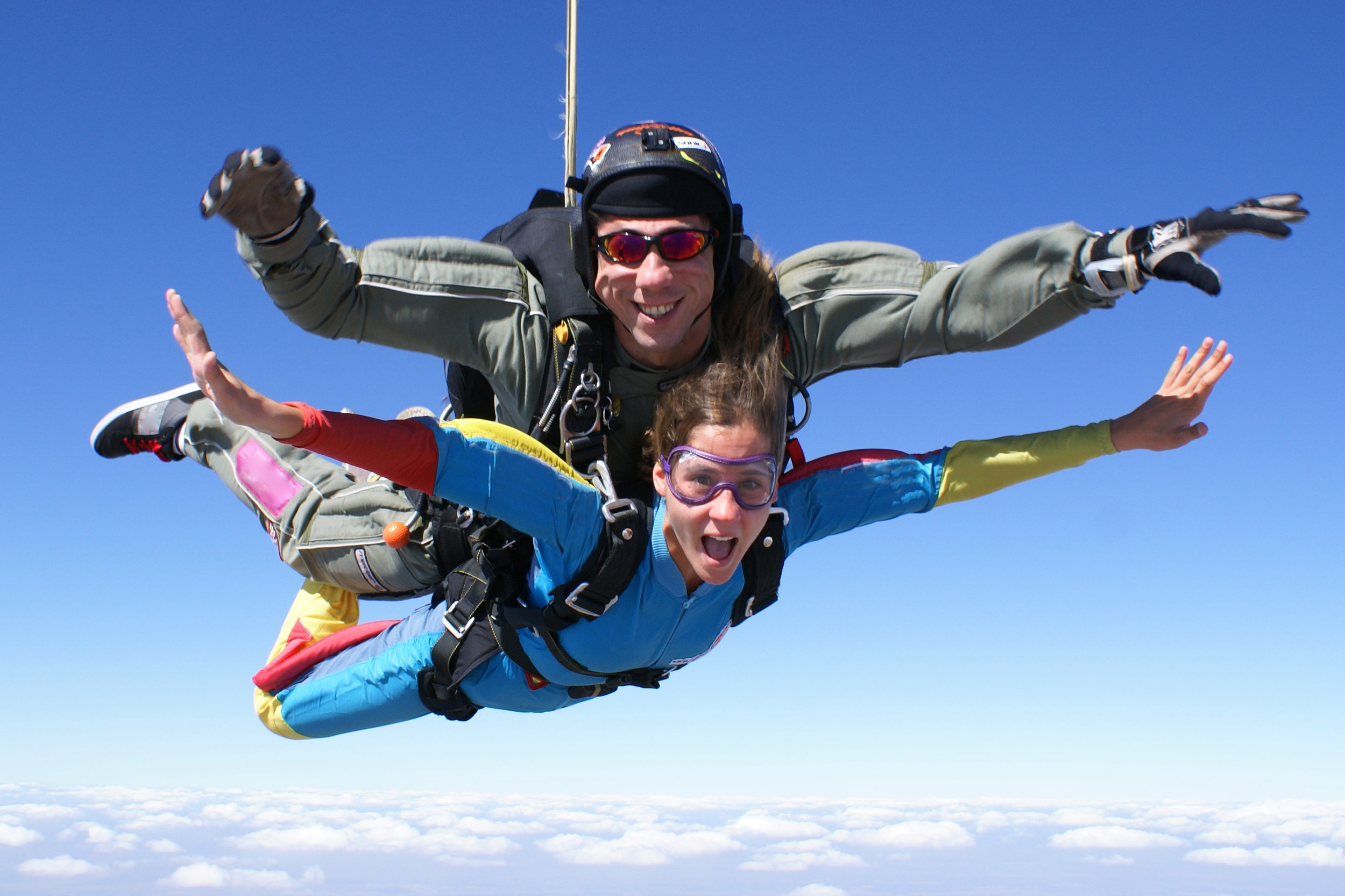 tandem parachutes