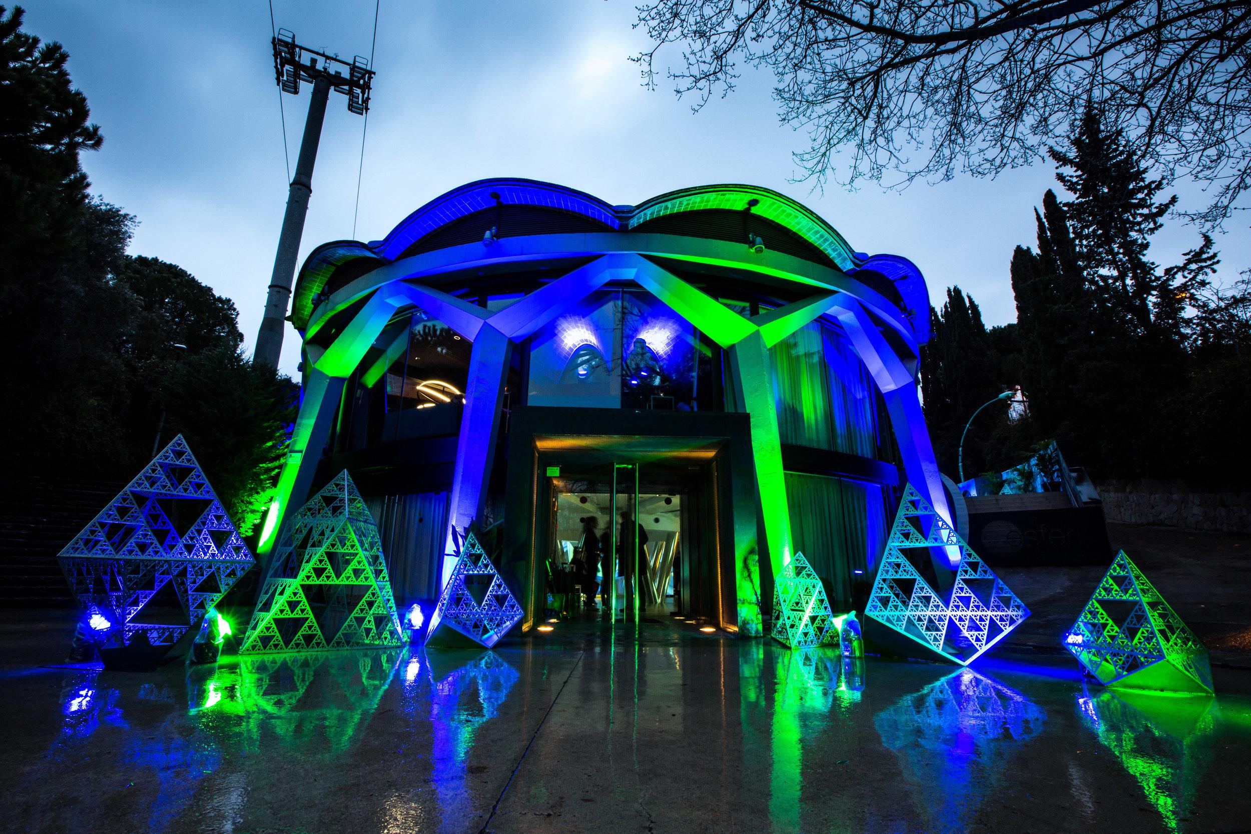 Entrance to immersive light installation