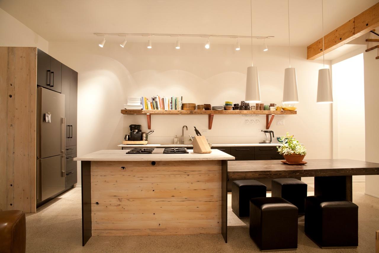 main_room_kitchen14.jpeg