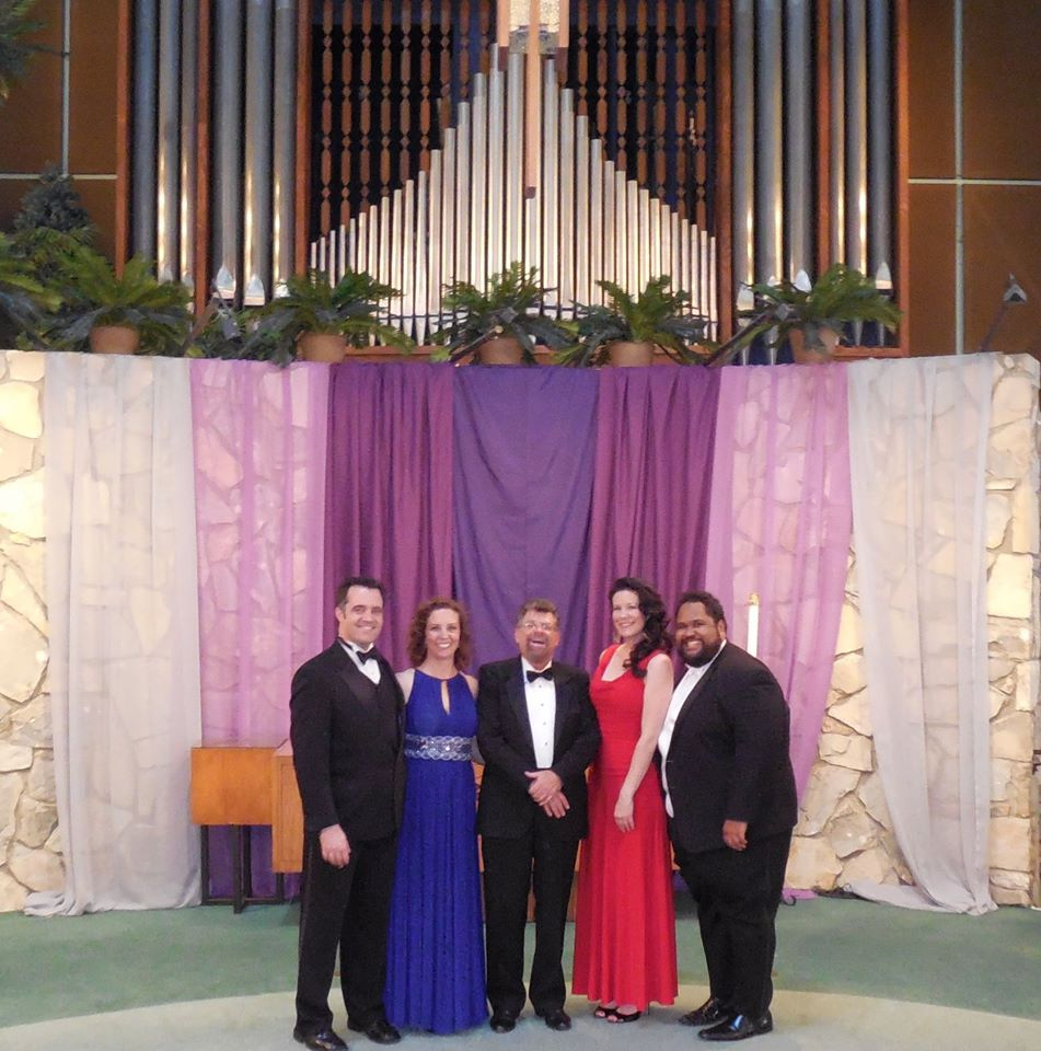 David with Opera Singers 4.jpg