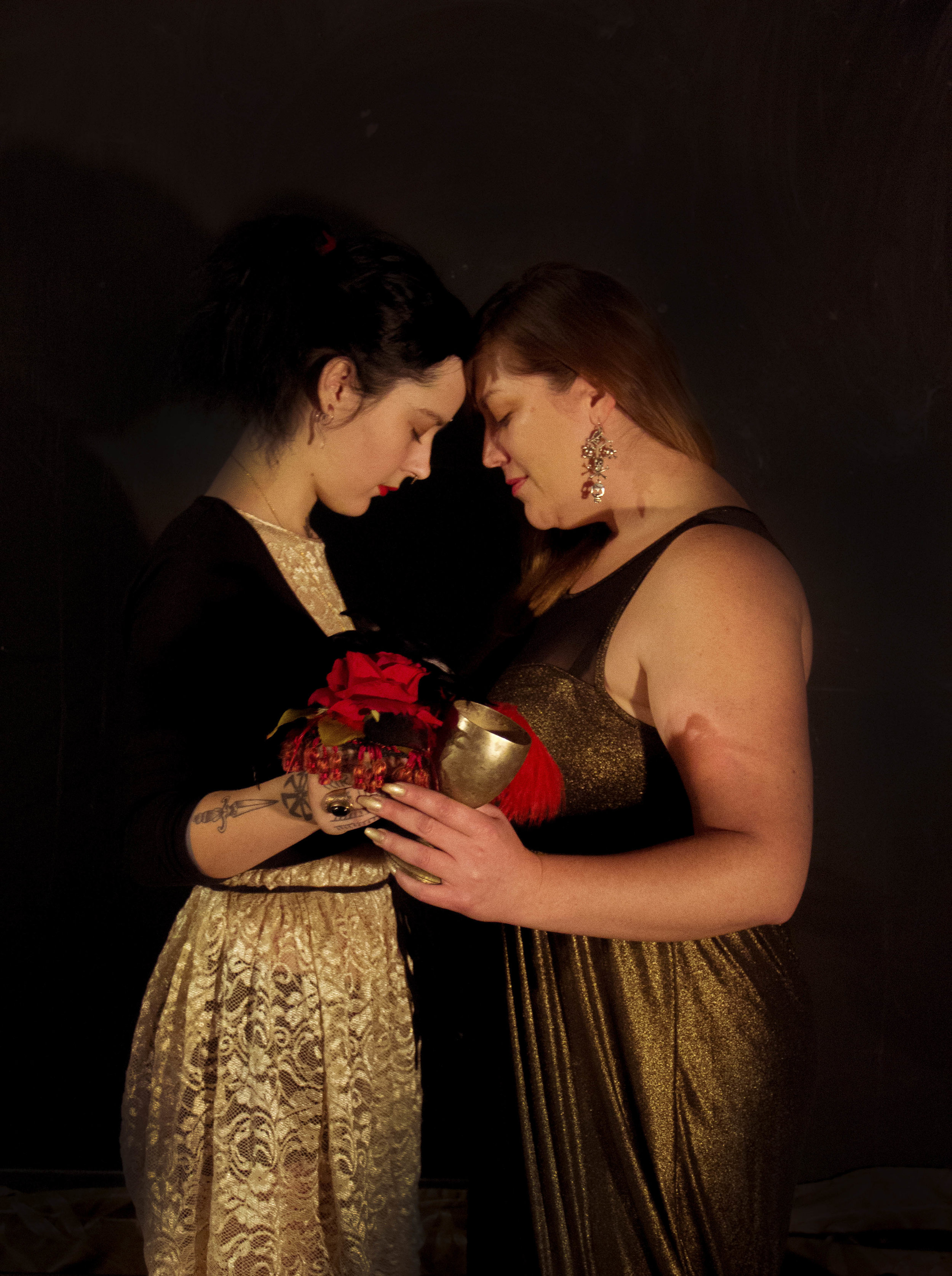 Novitiate Dasha Zarina and reader Blue June as The Lovers