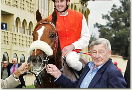nic claassen with 2008 allan robertson winner geepee s