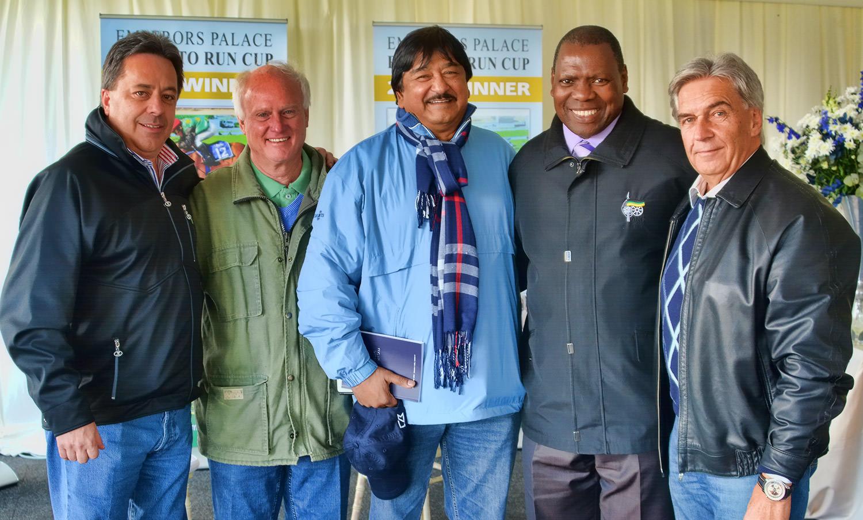 Markus Jooste, Mick Goss, Hassen Adams, Dr Zweli Mkhize and Chris van Niekerk / Brian Finch (p)