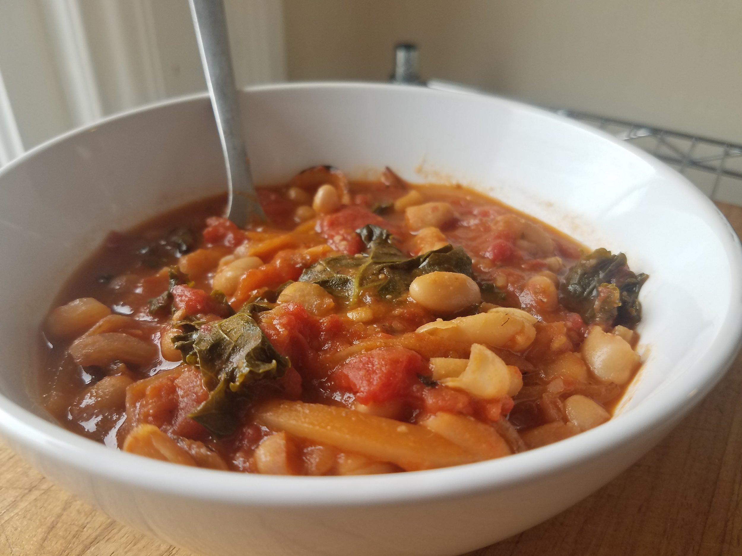 Tuscan Kale & Bean Soup