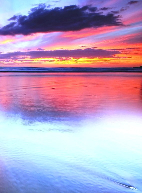 sunsets-view-orangte-amazing-sunbeams-photoshop-tranquil-computer-calm-paysage-beautiful-cena-cool-awesome-red-sunny-white-lovely-paisagem-mirror-clouds-sunset-background-picture.jpg