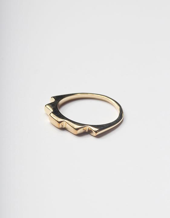 Tuza-Jewelry-Pyramid-Ring-web-ARO_2.jpg