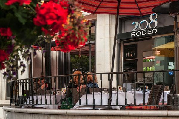 208-rodeo-restaurant-img.jpg