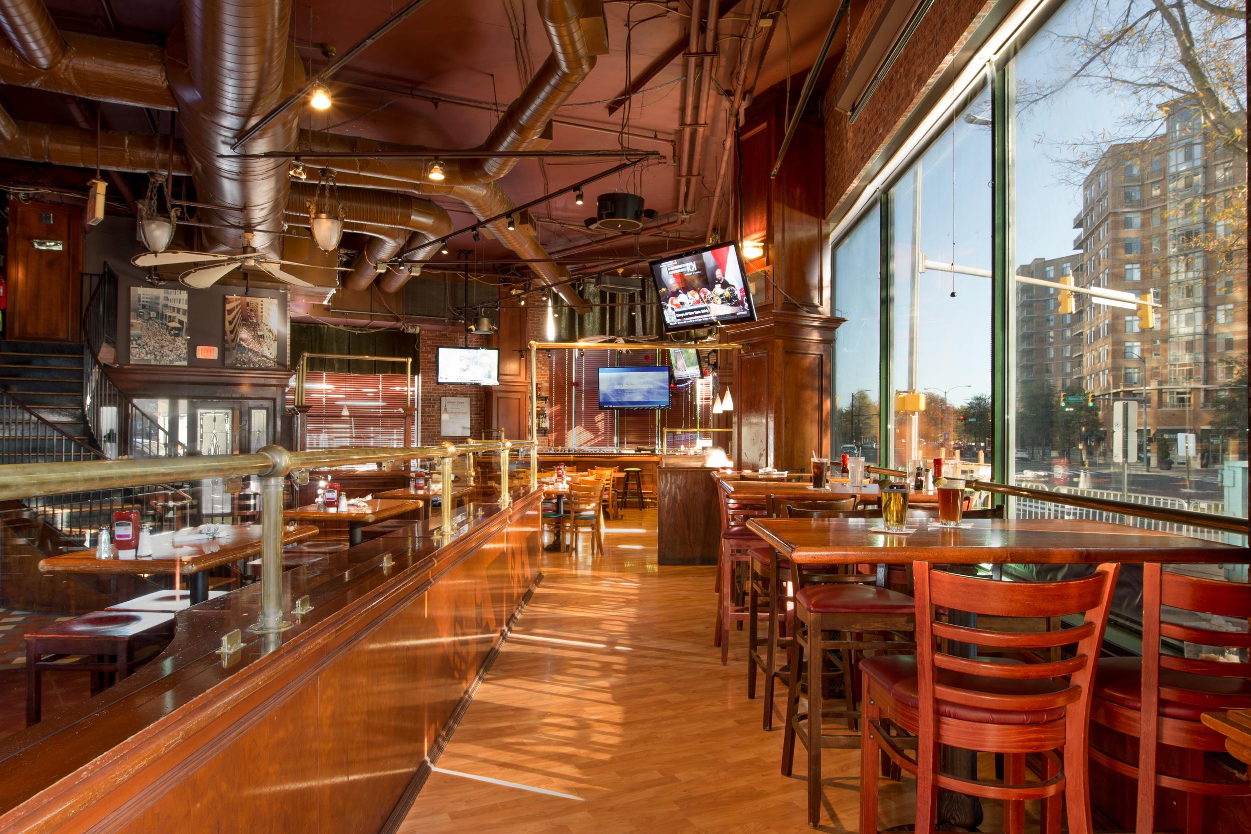 Mr. Days Sports Bar | Arlington, VA