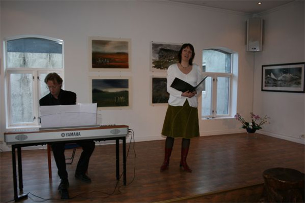 Beautiful music by Maria Stattin and Anders Sødermark.