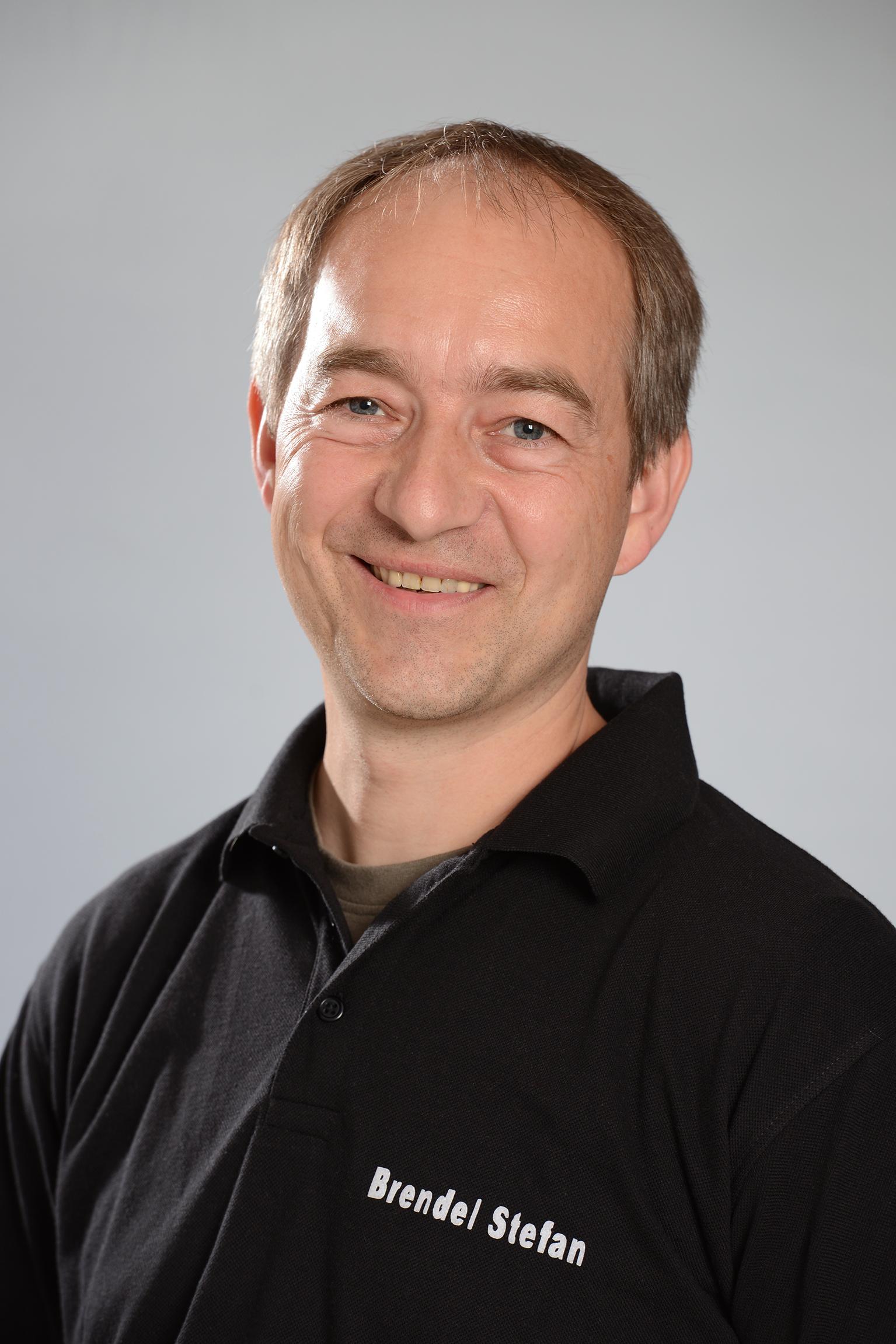 S. Brendel  Betriebsleitung  Einkauf + Technik