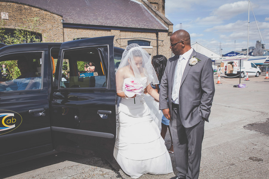Arrival of the bride with her father in a London cab