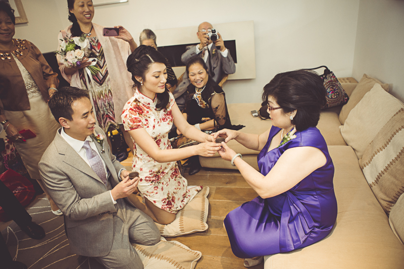 My Beautiful Bride photographs a  chinese tea ceremony at Eltham Palace
