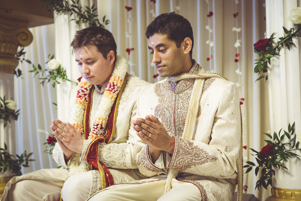 Alternative wedding photographer at Hackney Town Hall