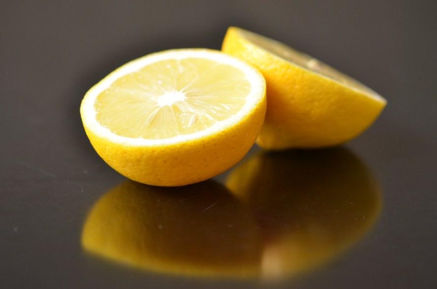 und 1 EL Zitronensaft