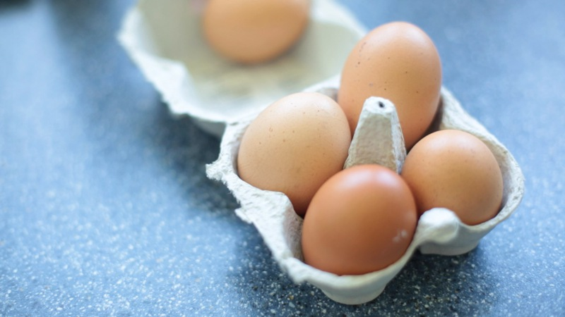 Ebenso 5 Eier
