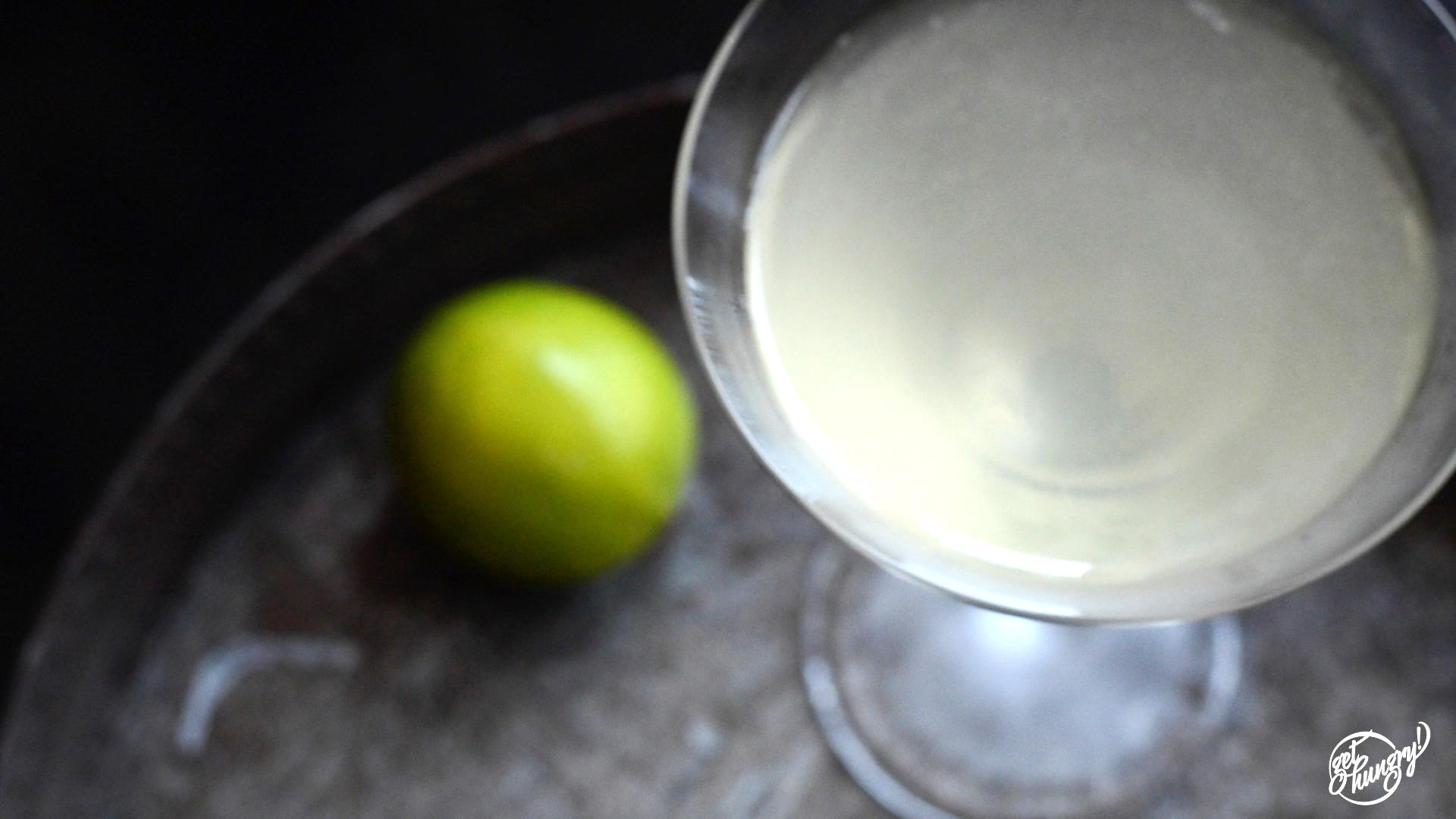 Gimlet_Cocktail_gethungry_01.jpg