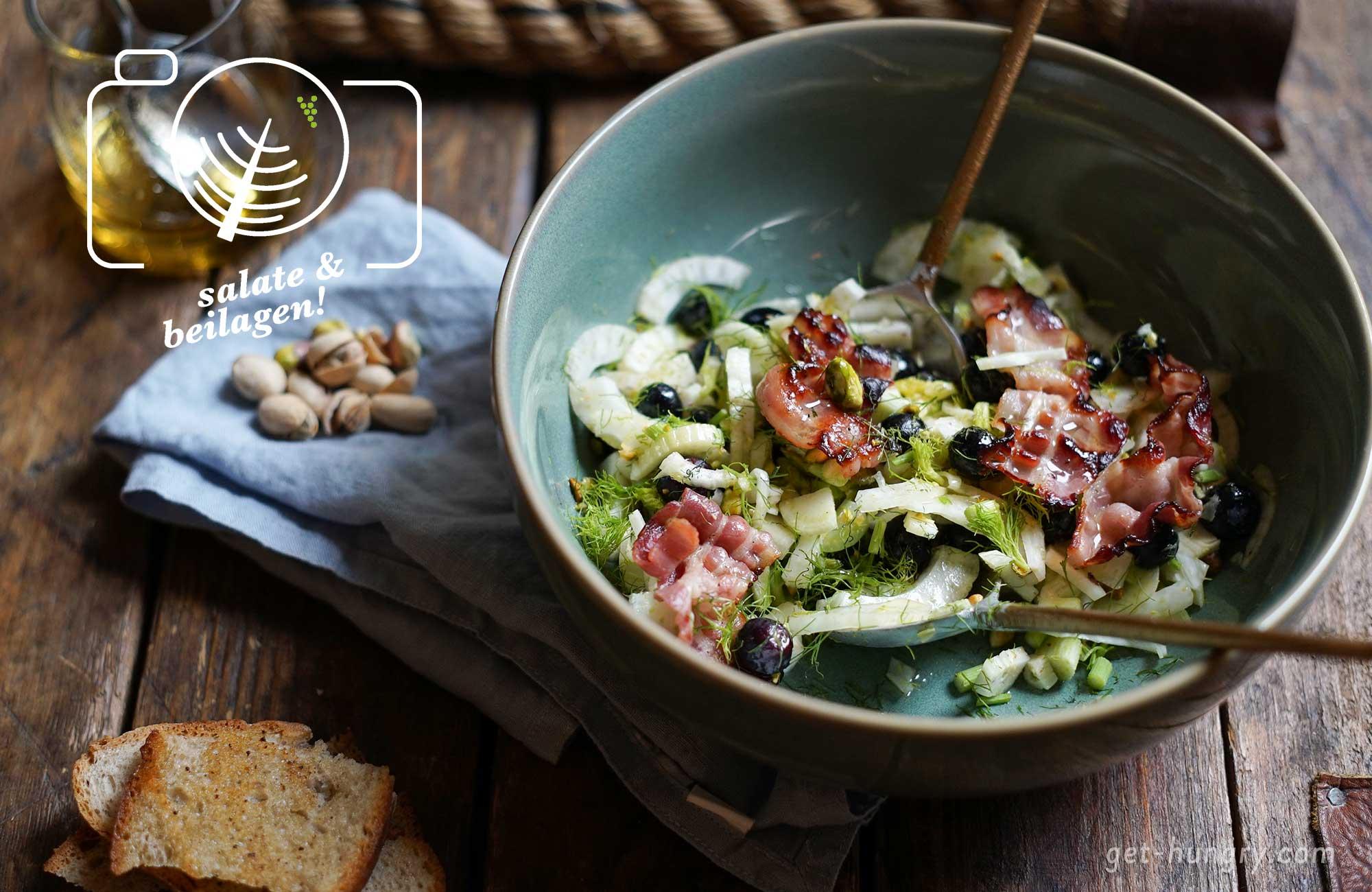 Fenchel-Blaubeer-Salat mit Pistazien und Speck