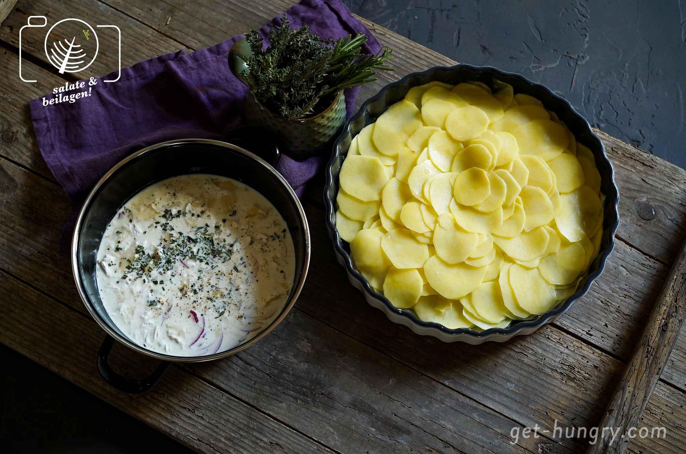 Gratinzutaten: Ziegenkäse-Sahnesauce und dünn gehobelte Kartoffeln