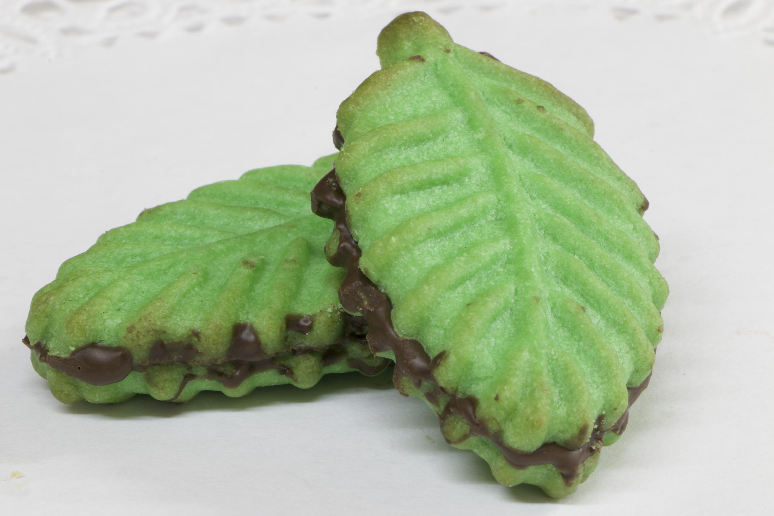 Pistachio Leaf