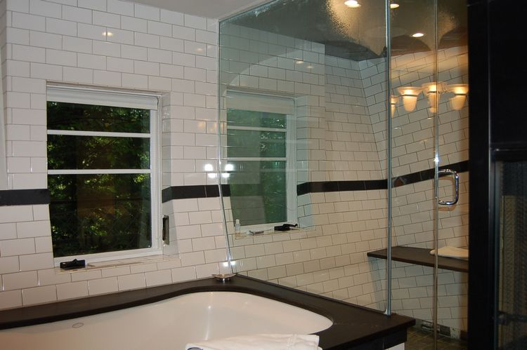 tn_Treehouse bath and shower enclosure.jpg