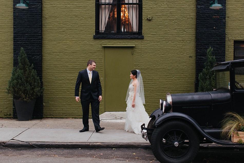 green_building_wedding_0002.jpg