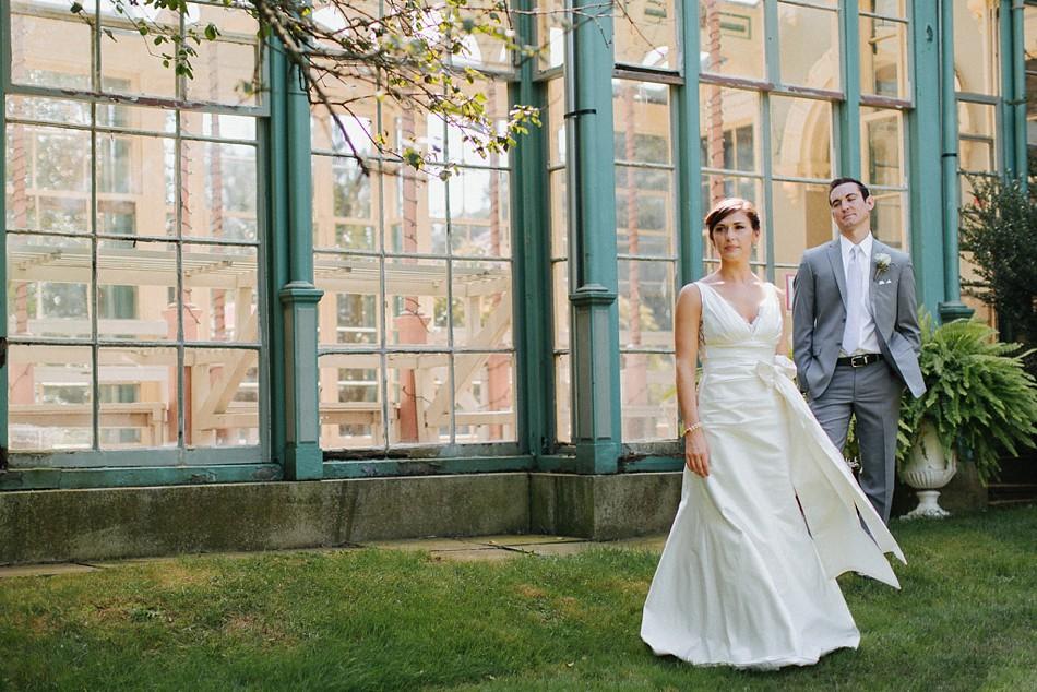 carriage_house_at_rockwood_park_wedding_0002.jpg