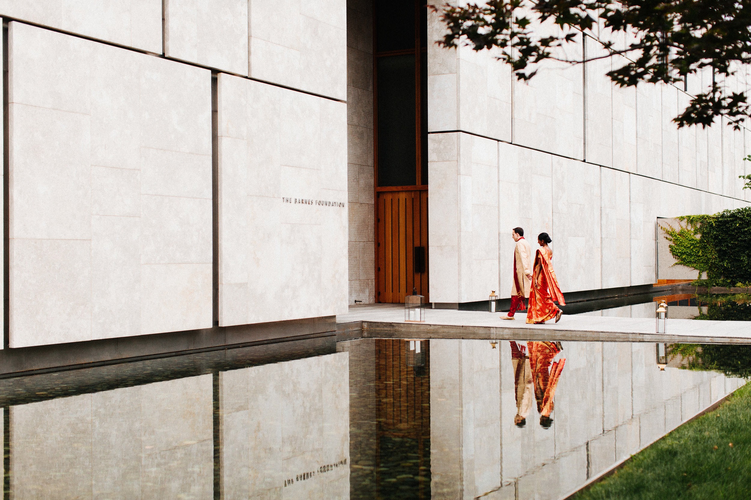 indian bride and groom at barnes foundation