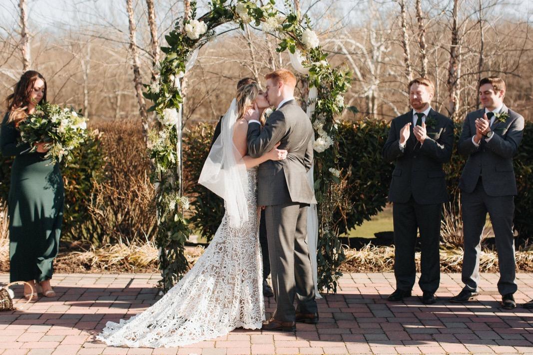 29_18_03_31_dana_pat0314_barn,_rustic,_spring,_wedding,_nature,.jpg