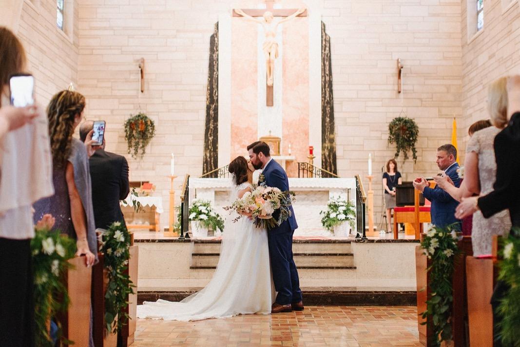 27_bucks_county_HollyHedge_wedding_photography_spring.jpg