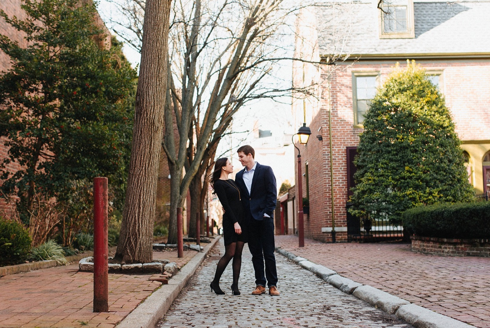 04_Headhouse_photography_engagement_philadelphia.jpg