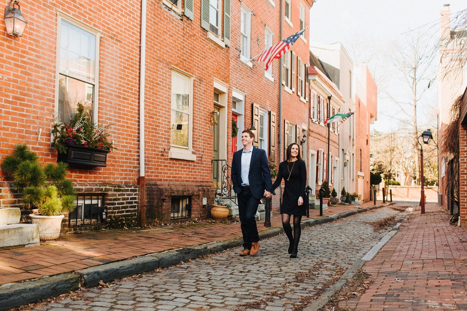 03_Headhouse_photography_engagement_philadelphia.jpg