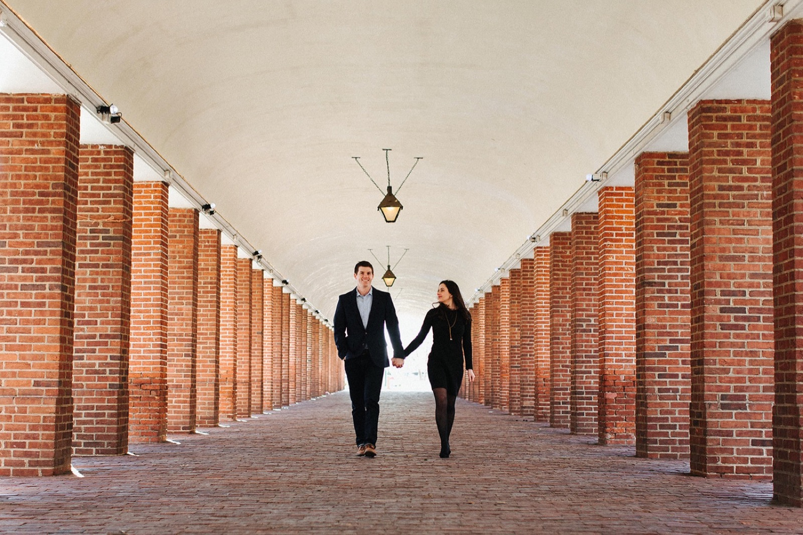 12_Headhouse_photography_engagement_philadelphia.jpg