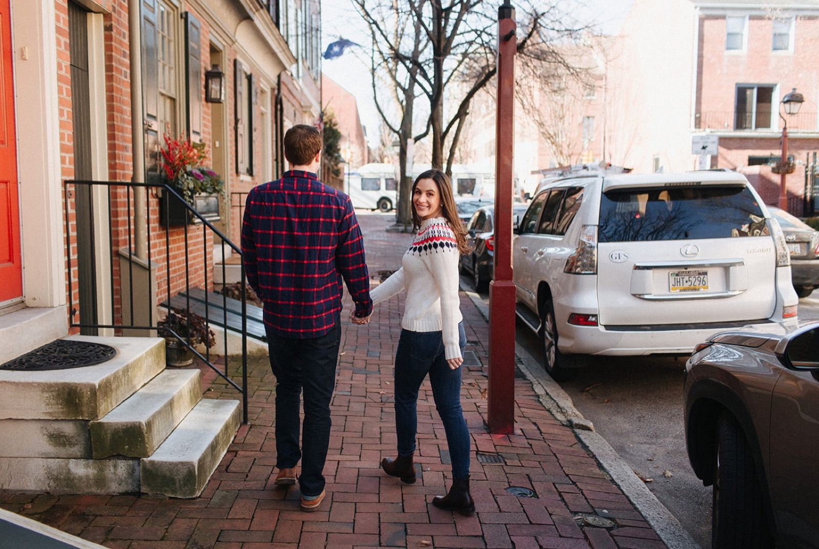 18_Headhouse_photography_engagement_philadelphia.jpg